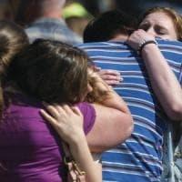 Stati Uniti, studente spara a scuola: un agente sventa la strage