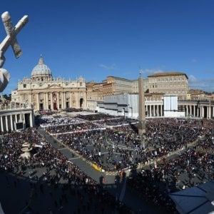 Il Vaticano e l'Economia: Tassare le transazioni offshore per battere la fame nel mondo