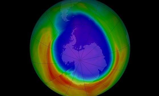 Qualcuno distrugge lo strato dell'ozono. Ma gli scienziati non capiscono chi sia