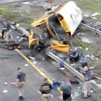Usa: incidente a scuolabus in New Jersey, 2 morti e 43 feriti