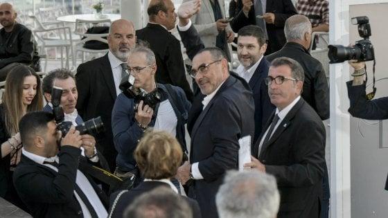 Napoli, De Laurentiis applaude Sarri: ''E' lui scultore della Grande Bellezza''