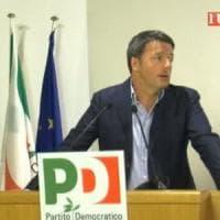 """Pd: offerta di Renzi per evitare la conta. No di Orlando. Calenda: """"Emiliano indecente,..."""