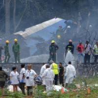 Cuba, aereo di linea si schianta dopo il decollo dall'Avana: 110 vittime