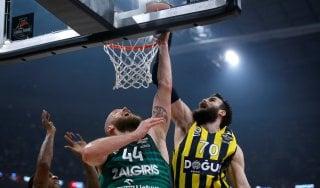 Basket, Eurolega: Datome trascina il Fenerbahce, è finale contro il Real