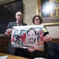 """Omicidio Regeni, i genitori lanciano lo sciopero della fame: """"In Egitto chi cerca la..."""