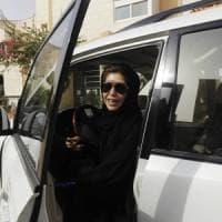 Arabia Saudita, arrestate cinque attiviste: si battevano per il diritto delle donne di...