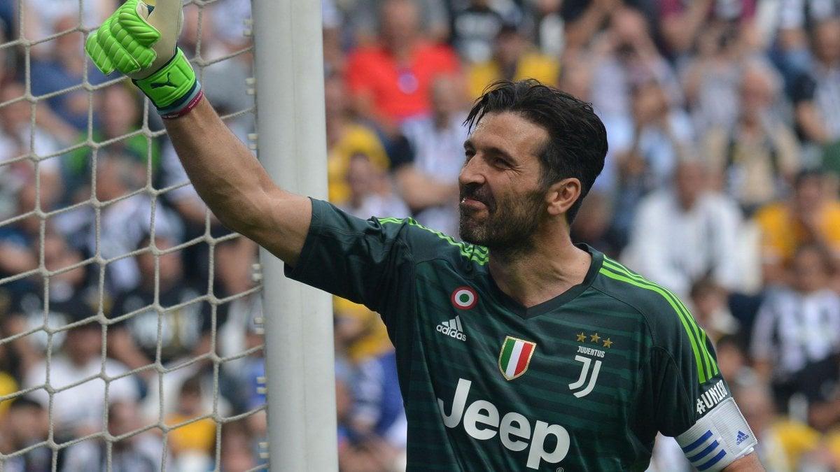 TORINO - La Juventus batte il Verona e chiude in