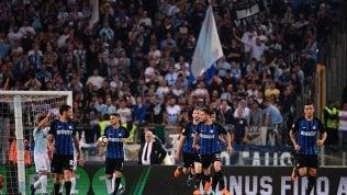 Rimonta Inter che vale un posto in Champions: Lazio battuta 2-3.Roma passa a SassuoloIl Napoli non fa regaliCrotone va in serie B