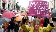Roma, la protesta in Campidoglio: Non chiudete la Casa Internazionale delle donne