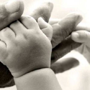 Anche l'Europa difende il diritto dei nonni di veder crescere i nipoti