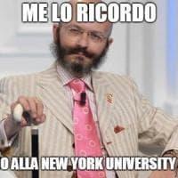 """Da """"Li fate ignoranti"""" a """"Tarocco e i suoi fratelli"""": l'ironia social sul curriculum di..."""