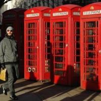 Londra, la nuova vita delle cabine del telefono rosse