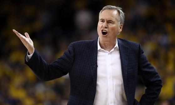 Basket Nba, finale Ovest: colpo Houston in casa dei Warriors, la serie torna in parità