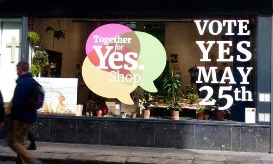 Storico voto in Irlanda, sì alla legalizzazione dell'aborto