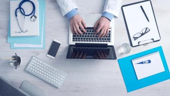 Arriva l'app gratuita che assiste i malati di Parkinson