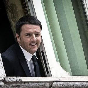 """Governo Conte, Renzi: """"Opposizione dura: adesso Lega e M5S sono la casta"""". Berlusconi: """"Il programma è un libro di sogni"""""""