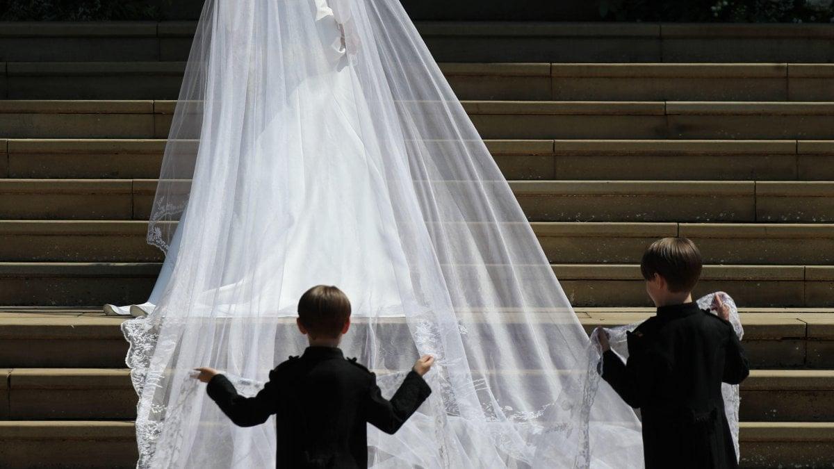 Matrimonio Quanto Costa : Matrimonio dalla torta ai fiori ecco quanto costa