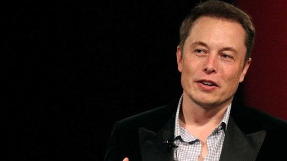 """L'idea di Elon Musk: """"Voglio un TripAdvisor per i giornalisti"""""""