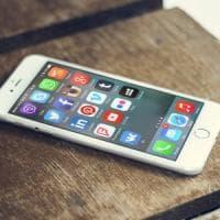 """Nuove accuse a Facebook: """"Ascoltava le telefonate degli utenti"""""""