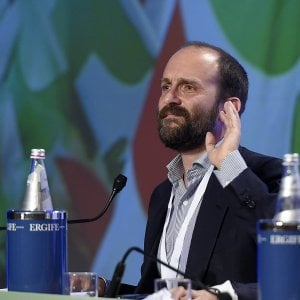 """Pd, Orfini contro Minniti: """"Alcune scelte sui migranti hanno favorito la destra"""""""
