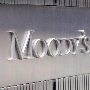 Moody's mette l'Italia sotto esame: rischio retrocessione. Contratto di governo è caro