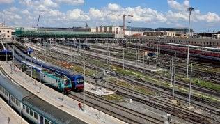 Rischio disagi per chi viaggia in treno: fine settimana di scioperi