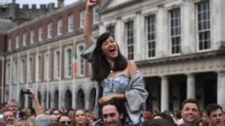 """Irlanda, storico sì alla legalizzazione dell'aborto.""""Rivoluzione tranquilla, legge entro l'anno"""""""