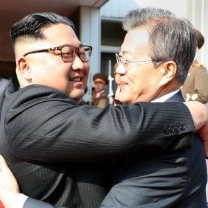 """Moon: """"Kim Jong-un pronto a denuclearizzazione completa"""". Riparte il dialogo con Usa, ma restano nodi da sciogliere"""