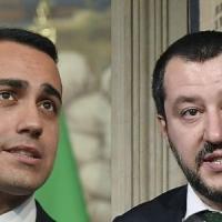 """M5s: """"Non fidatevi dei media generalisti"""". Sul blog sintesi del contratto con la Lega in..."""