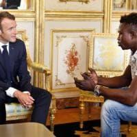 Francia, avrà la cittadinanza il sans papier maliano che ha salvato il
