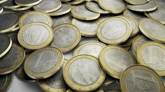 Chi ha in mano il debito pubblico italiano:  l'evoluzione in 30 anni