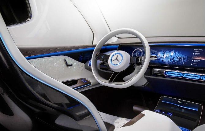 Mercedes EQ, una compatta prodotta in Francia