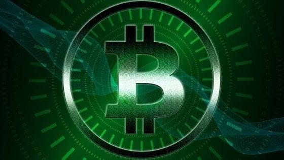 Bitcoin a energia solare, la sfida green italiana