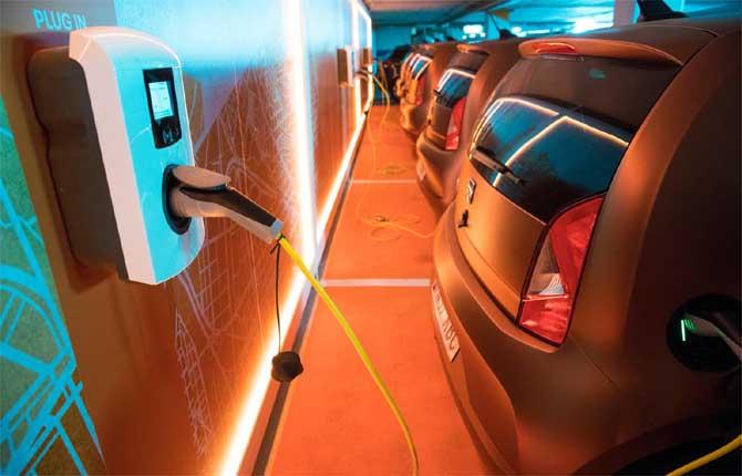 E Seat lancia una flotta elettrica per il carsharing