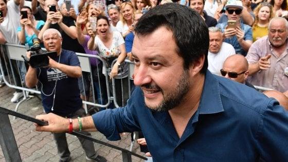 """Governo, Di Maio: """"Troviamo un'alternativa a Savona"""". Salvini apre. Dal Colle ancora tempo per un esecutivo politico"""