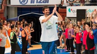 Palleggiando contro la sclerosi per batterla la storia di Asier, cestista del Gipuzkoa
