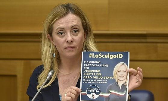 Governo, totoministri Lega-5s. Tre ipotesi per Savona: Politiche Europee, Esteri o fuori. Incognita Fratelli d'Italia