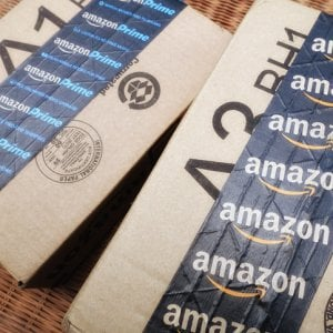 Amazon espelle chi fa troppi resi: ecco i casi italiani