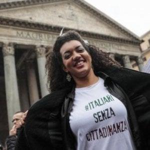 Nuovi italiani, nel 2017 è record di acquisizioni di cittadinanza