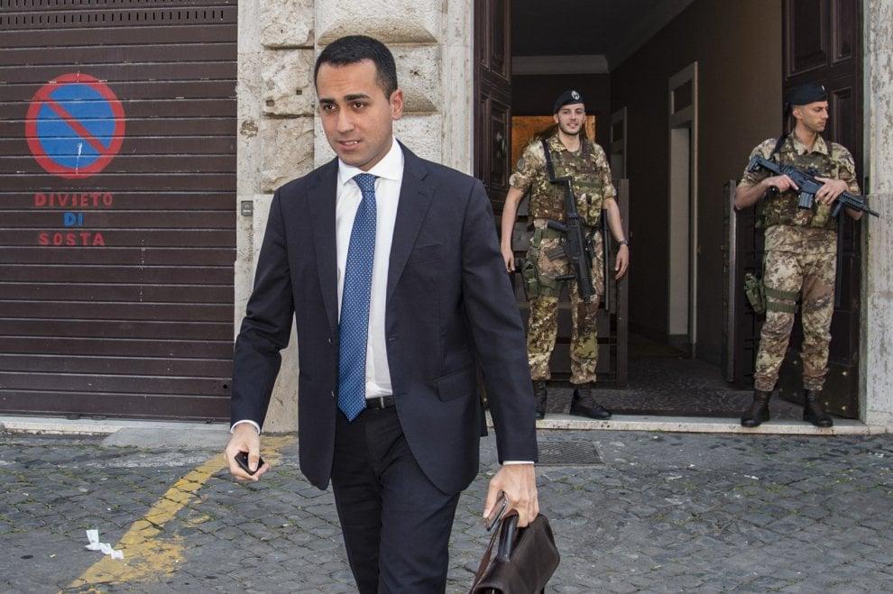 Governo M5s-Lega, da Savona a Tria: i volti dei ministri