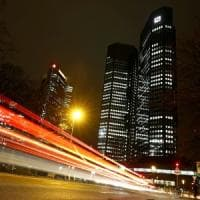 S&P boccia Deutsche Bank: il rating scende a BBB+