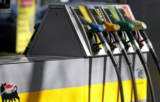 Caro-carburante, aumenta la spesa per gli italiani