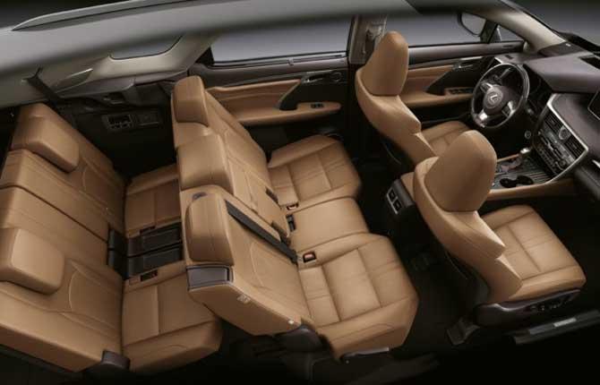 Lexus RX L Hybrid, spazio e comfort per sette