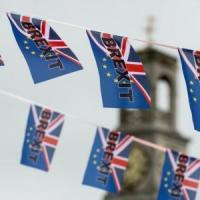 Brexit, Gb valuta doppia appartenenza a Ue e Regno Unito per Irlanda del Nord