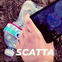 Greenpeace lancia Plastic radar: ora puoi segnalare i rifiuti su WhatsApp