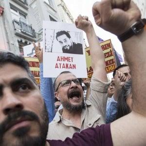 La Turchia demolisce il simbolo nazionale della laicità