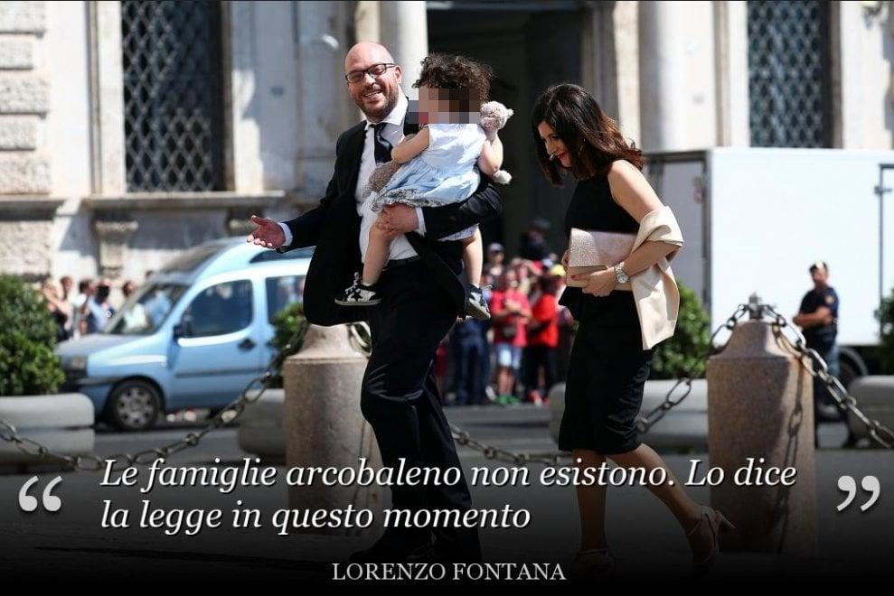 """Governo, da """"Le famiglie gay non esistono"""" a """"Servono una mamma e un papà"""": indignazione per le frasi del ministro Fontana"""