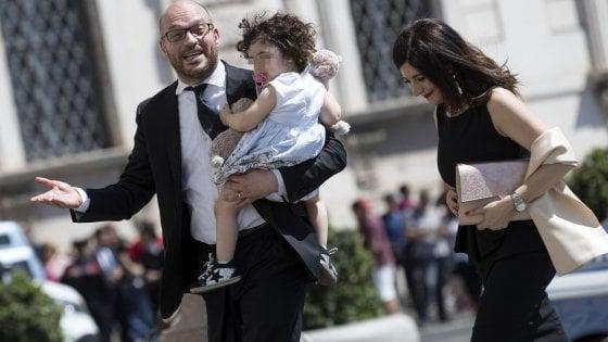 Lorenzo Fontana, il ministro della Famiglia ultracattolico che strizza l'occhio ai nazifascisti