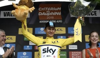 Ciclismo, Delfinato: Kwiatkowski vince prologo, Moscon terzo