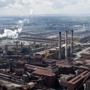 Ilva, salta l'incontro ArcelorMittal-sindacati: gli indiani vogliono prima parlare con Di Maio